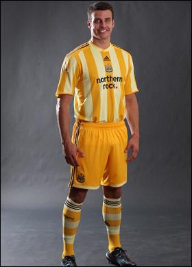 Newcastle United's away kit for the 2009/2010 season